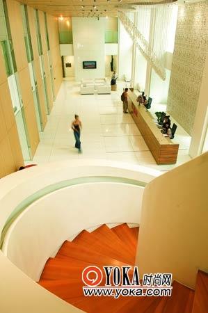 18层的大厅