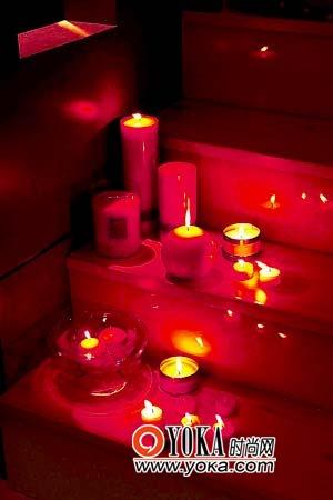 点亮温暖烛光。